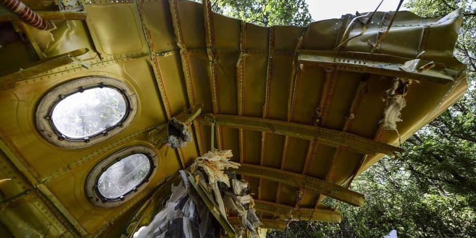 Crash du MH17: des restes de corps sont toujours sur le site