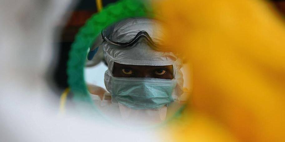 Ebola: le Kenya ferme ses frontières aux voyageurs de Guinée, Liberia, Sierra Leone