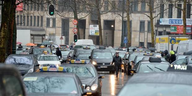 Pas de recouvrement de la petite ceinture entre la Porte de Namur et Louise - La Libre
