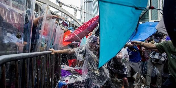 """La """"révolution des parapluies"""" déferle sur Hong Kong - La Libre"""