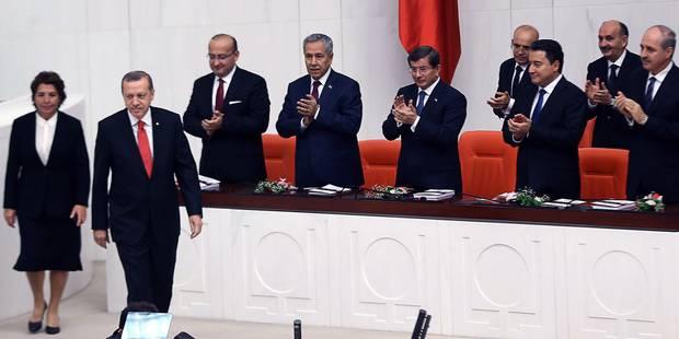 Turquie: le Parlement autorise une intervention militaire contre les jihadistes en Syrie et en Irak - La Libre