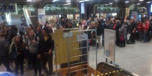 Les policiers grévistes perturbent l'Eurostar à Bruxelles-Midi - La Libre