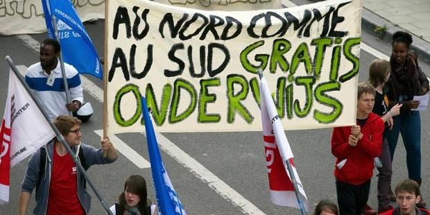 """""""Etudier est un droit, pas un privilège"""": les étudiants sont descendus dans les rues - La Libre"""