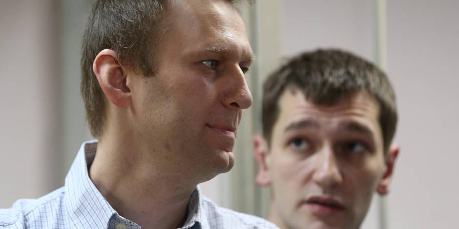 Russie: l'opposant n°1 au Kremlin échappe à la prison mais pas son frère