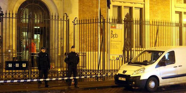 Un commissariat attaqué à coup de cocktails Molotov à Bruxelles - La Libre