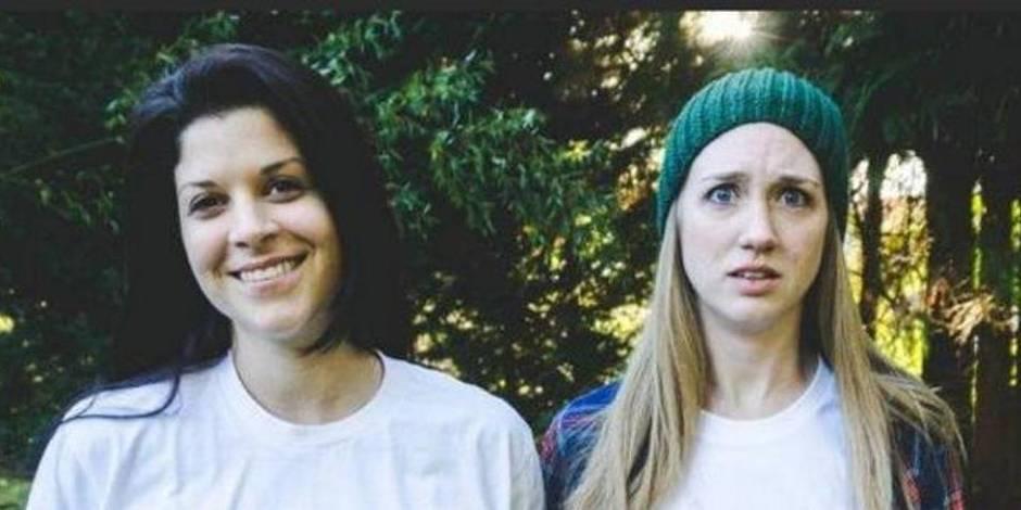 Mais pourquoi ces deux jeunes femmes font ces têtes-là?