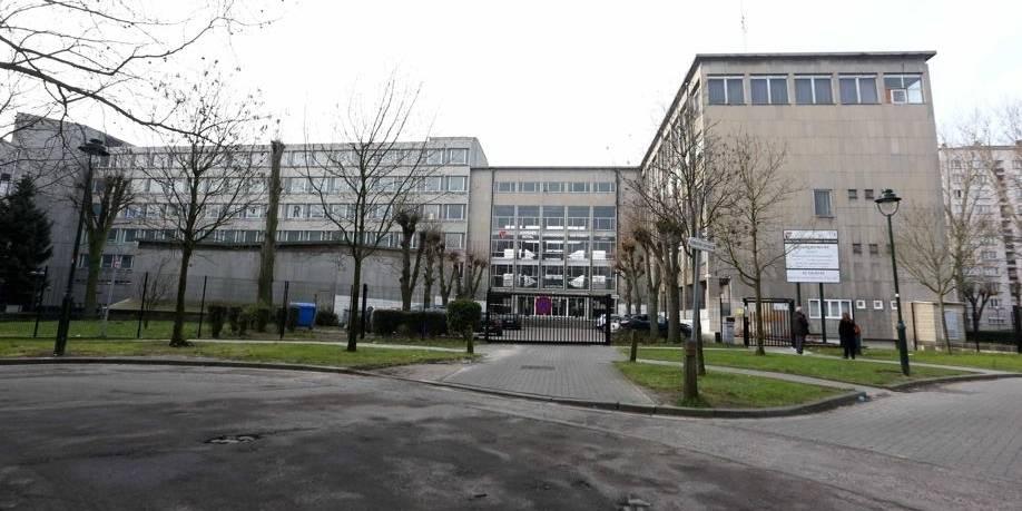 Elève tabassé à Anderlecht : Yacob Mahi contre-attaque violemment