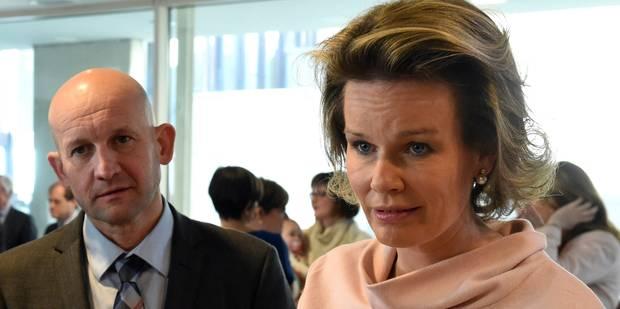 Namur: la reine Mathilde en visite aux Perce-neige - La Libre