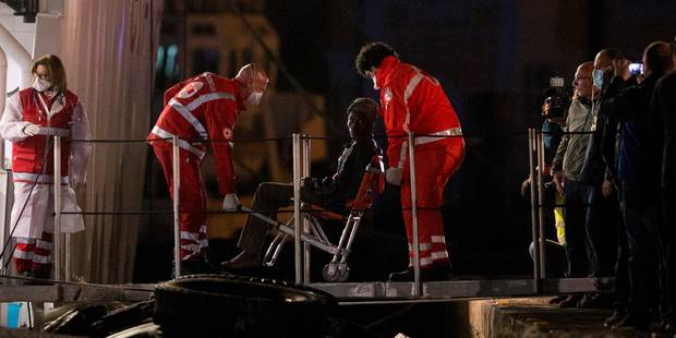 Nouveau bilan: le naufrage de dimanche en Méditerranée a fait 800 morts - La Libre