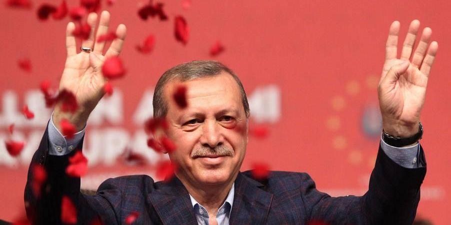 Le président turc Erdogan, popstar d'un soir à Hasselt