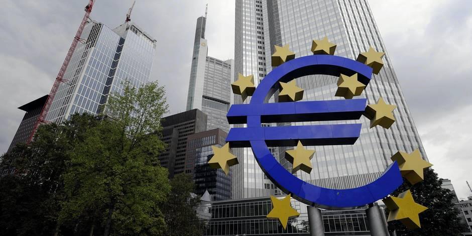 """A sec d'euros, la Grèce pourrait émettre des """"IOU"""""""