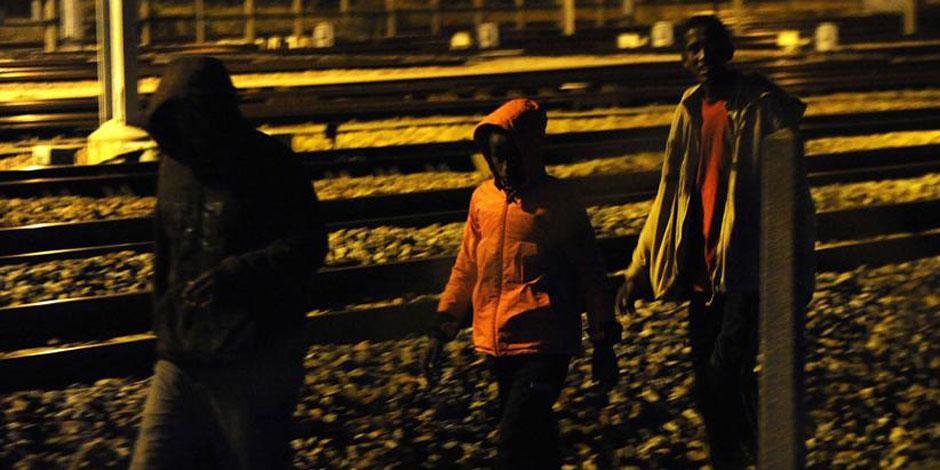 Crise des migrants: 1.700 tentatives d'intrusion en une nuit dans le tunnel sous la Manche