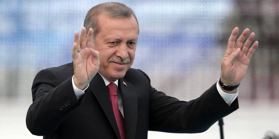"""Une vidéo pro-EI appelle les Turcs à se soulever contre le """"traître"""" Erdogan"""