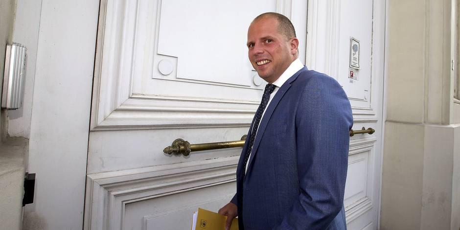 Asile: Theo Francken encourage les communes à (r-)ouvrir de nouvelles places