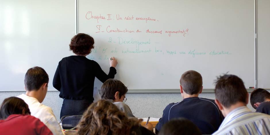 """Les profs ont des lacunes en français, """"victimes d'une formation en grammaire qui démarre trop tôt"""""""