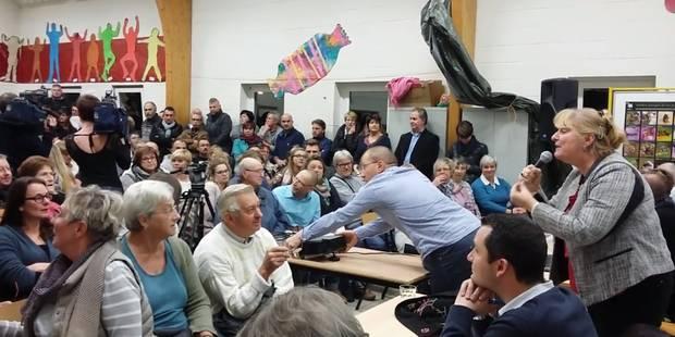 Walcourt: réunion houleuse sur les réfugiés (VIDEO) - La Libre