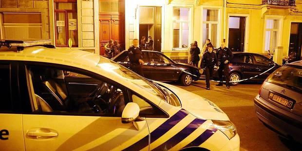 Saint-Gilles: un Français découvert dans son kot avec 2 balles en pleine tête - La Libre