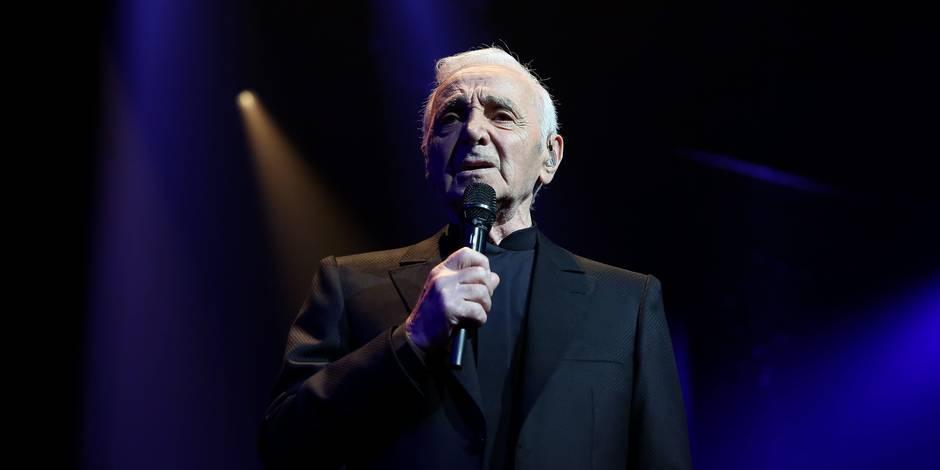 Charles Aznavour fait commandeur de l'Ordre de la couronne