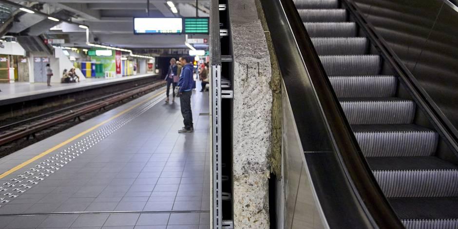 Menace terroriste à Bruxelles: aucun métro ne circule jusque dimanche 15h