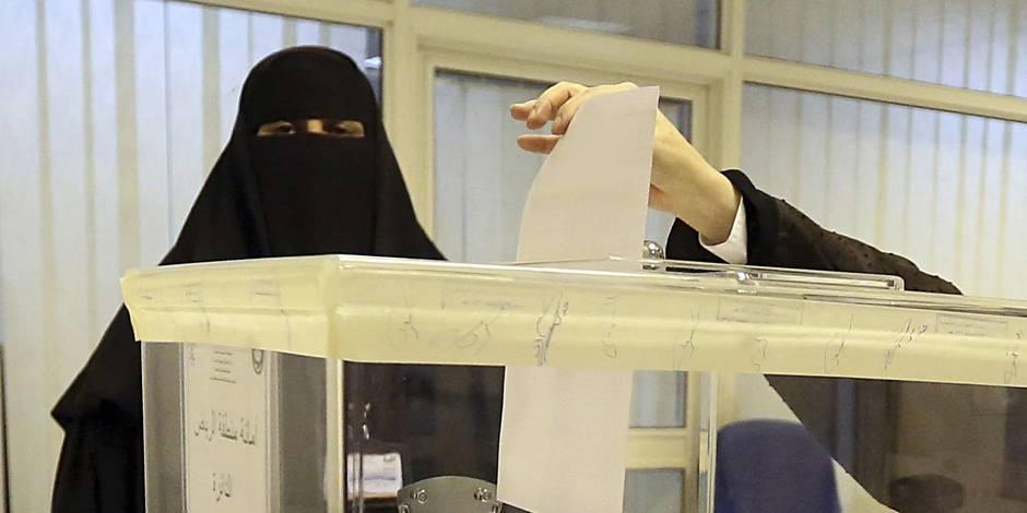 Élections en Arabie: la participation des femmes a atteint près de 80% par endroits