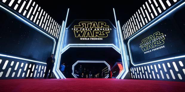 """Ovations et cris de joie pendant la première du nouveau """"Star Wars"""" - La Libre"""