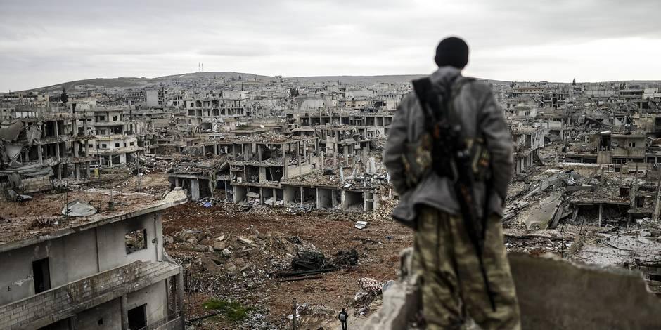 De l'attaque à la défense, le groupe terroriste EI change de stratégie