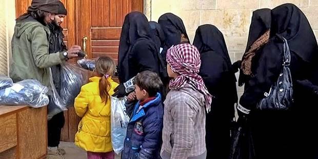 Exécutions sommaires, assassinats ciblés, esclavage sexuel? Les crimes de l'Etat islamique sont nombreux à Mossoul - La ...