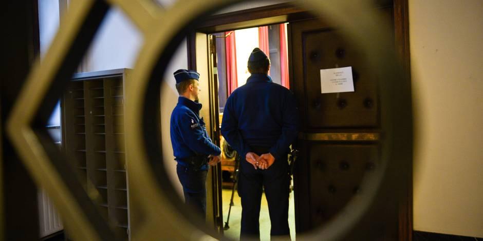 """Quinze ans requis contre le """"plus grand recruteur"""" de djihadistes en Belgique"""