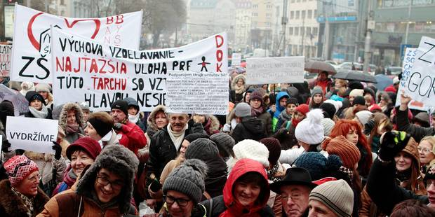 "(160125) -- BRATISLAVA, Jan. 25, 2016() -- Teachers participate in a protest in Bratislava, Slovakia, Jan. 25, 2016. More than 2,000 Slovak teachers started ""unlimited, full-pledged"" strike in Bratislava on Monday to protest what they see as the long-term ignoring of their demands. (Xinhua/Erik Adamson) Reporters / Photoshot"
