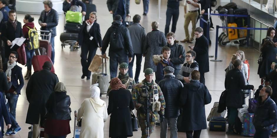 Attentats à Bruxelles : que faire pour ses proches et comment en parler aux enfants ?