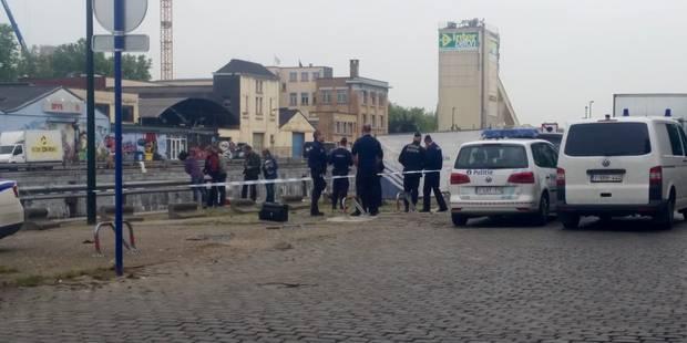 Corps retrouvé dans le canal de Bruxelles: la thèse du suicide est privilégiée - La Libre