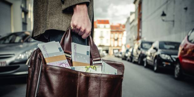Panama Papers: plus de 300 sociétés offshore logent des biens immobiliers belges - La Libre
