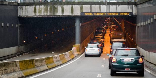 Inondations dans certains tunnels de Bruxelles à cause de la pluie - La Libre