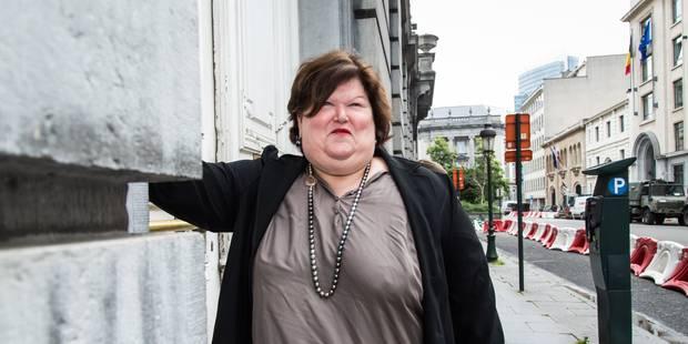Maggie De Block évoque un seuil de 300 médecins francophones accrédités par an - La Libre