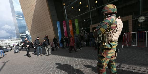 L'armée un peu moins flamande - La Libre