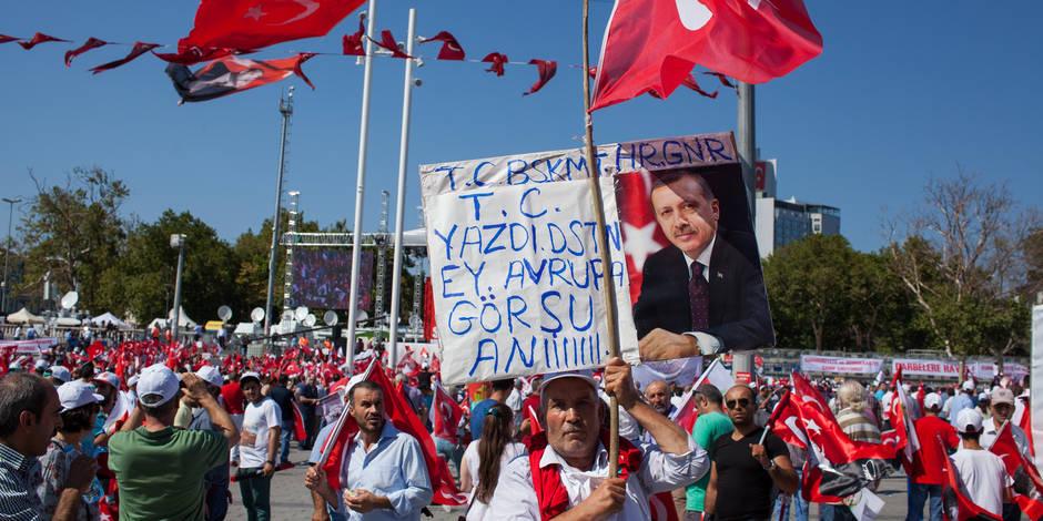 Offensive contre les médias en Turquie : Erdogan rencontre l'opposition