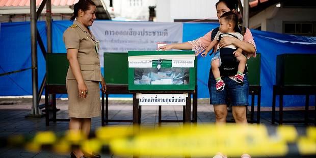 Thaïlande : la junte dicte, les électeurs approuvent - La Libre