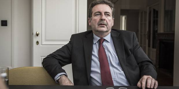 Le PS court-circuite l'administration bruxelloise - La Libre