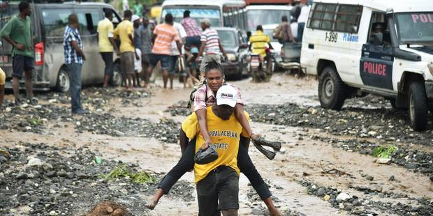 Evacuation des côtes américaines à l'approche de l'ouragan Matthew, Haïti dévasté - La Libre