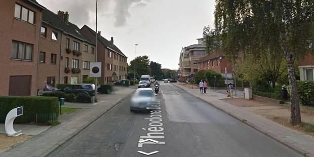 """Un homme """"armé"""" provoque la panique à Woluwe-Saint-Lambert - La Libre"""