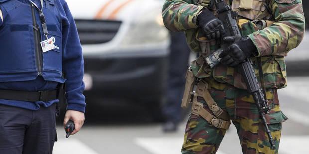 Pensions Salaires Mutations Les Revelations D Un Sergent A La