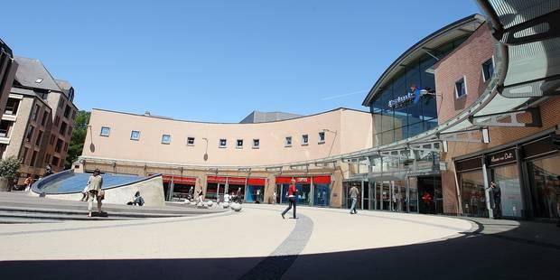 centre commercial l esplanade - Louvain-la-Neuve