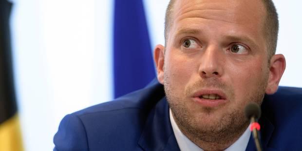 Le huissier au cabinet Francken en 8 questions - La Libre