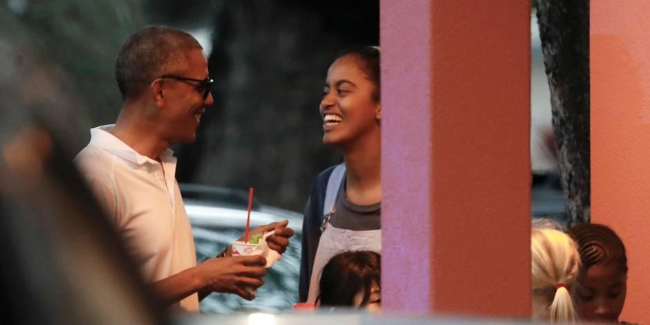 Moments complices entre Barack Obama et ses filles à Hawaï