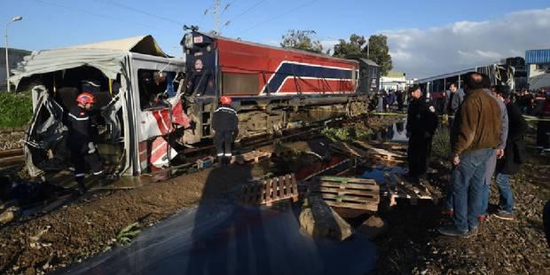 Collision entre un bus et un train en Tunisie: 5 morts, plus de 50 blessés - La Libre