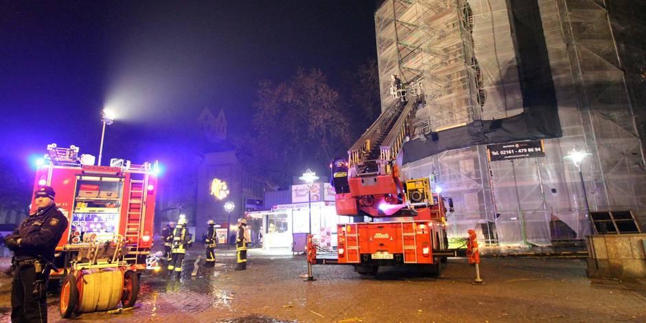 """Allemagne: émoi autour d'une fausse inforrmation sur des """"Allah Akbar"""" criés lors de l'incendie d'une église"""