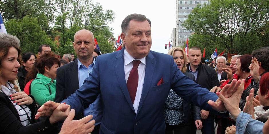 Les Serbes de Bosnie attisent les tensions