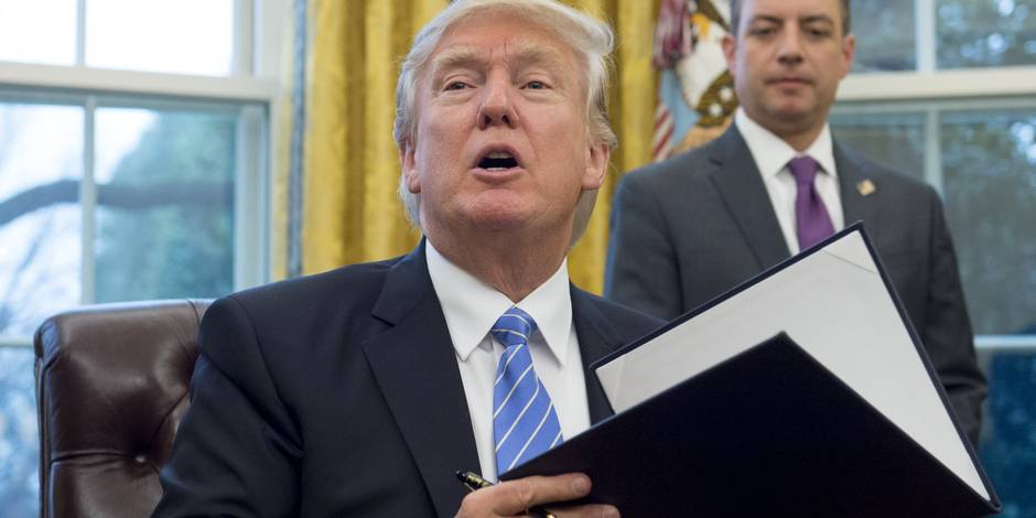 """Trump se retire du TPP, Bruxelles défend un """"Ceta plus important que jamais"""""""