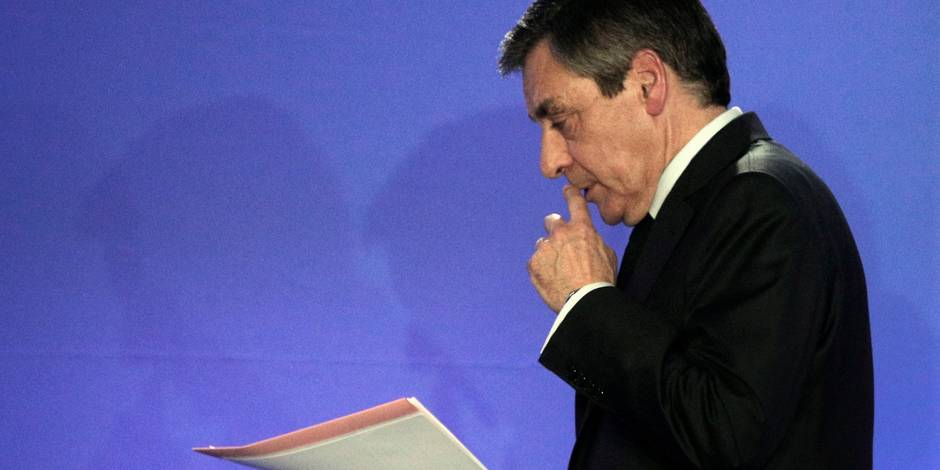 """François Fillon va publier """"une lettre aux Français"""""""