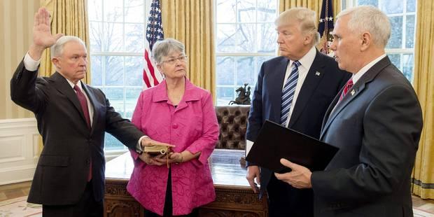 Trois semaines à la Maison-Blanche n'ont pas rendu Donald Trump plus présidentiel - La Libre
